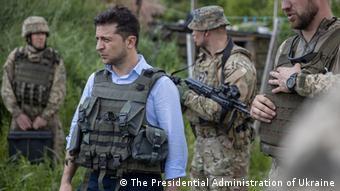 Владимир Зеленский на линии фронта в Донбассе