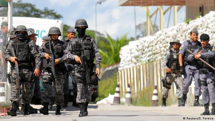 Foto de maio mostra reforço na segurança em penitenciária em Manaus, após morte de 55 detentos em presídios da cidade