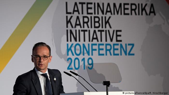 En su discurso inaugural de una conferencia multilateral, el ministro alemán de RR. EE., Heiko Maas, destacó los vínculos que unen a Alemania y Europa con América Latina y el Caribe. La democracia y los derechos humanos fueron asuntos que Heiko Maas trató de manera especial durante la conferencia. (28.05.2019).