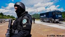 Kosovo Polizei nach Ausschreitungen im Norden