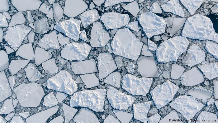 Arktis-Eis untersucht vom Alfred Wegener Institut