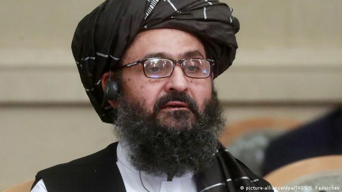 افغان طالبان کے نائب سربراہ ملا عبدالغنی برادر جنہوں نے حال ہی میں کراچی میں ایک ہسپتال کا دورہ کیا