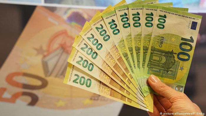 Близько 90 відсотків німецьких платників податків звільнять від сплати внеску солідарності