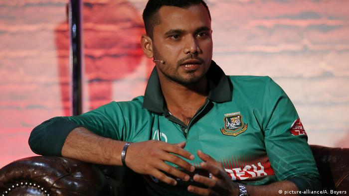 Cricket Spieler Bangladesch: Mashrafe Mortaza (picture-alliance/A. Boyers)