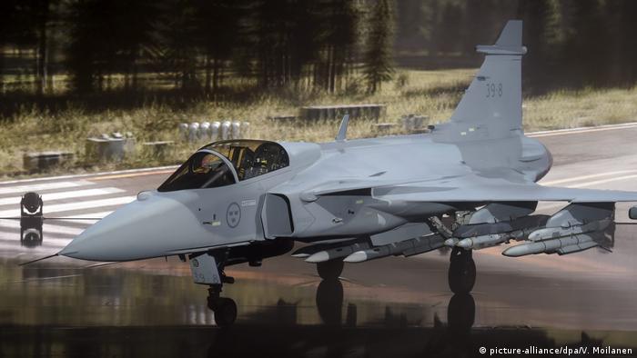 Jas 39 Gripen E fighter Schweden (picture-alliance/dpa/V. Moilanen)