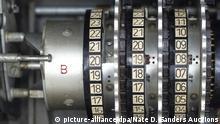 Chiffriermaschine Enigma wird versteigert