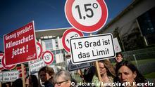 Deutschland Klimakabinett im Kanzleramt | Proteste