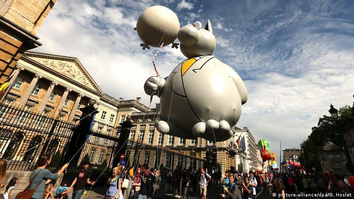 Ballonparade mit der Katze in Brüssel