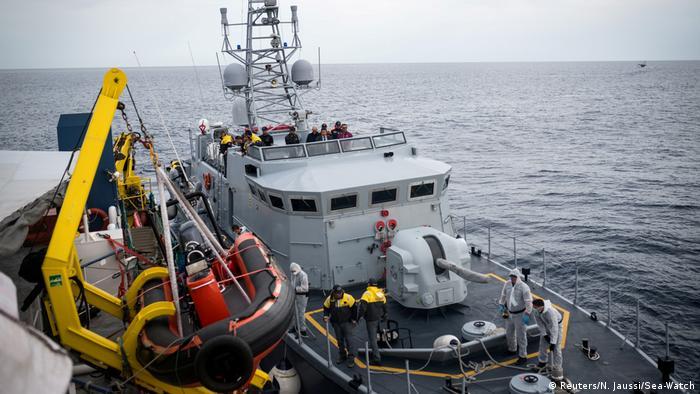 Lampedusa Flüchtlinge an Land