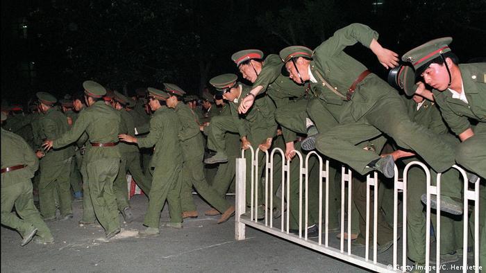 Tiananmen Massaker China 1989 (Getty Images/C. Henriette)