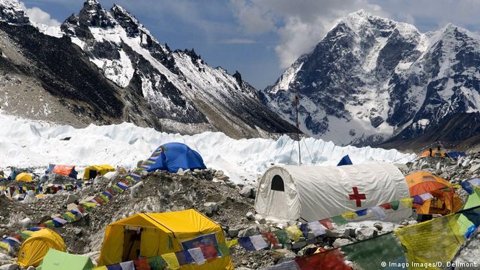 Nepal Mount Everest Khumbu Glacier Basislager