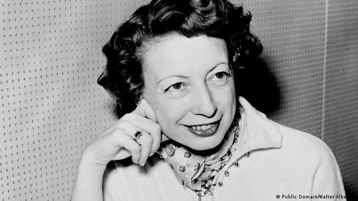 Ann Ronell (Public Domain/Walter Albertin)