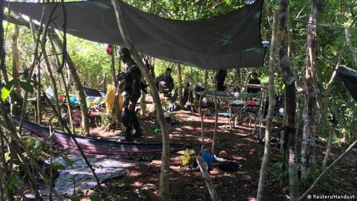 Philippinen Sulu | Camp in dem Ewold Horn von der Terrorgruppe Abu Sayyaf festgehalten wurde (Reuters/Handout)