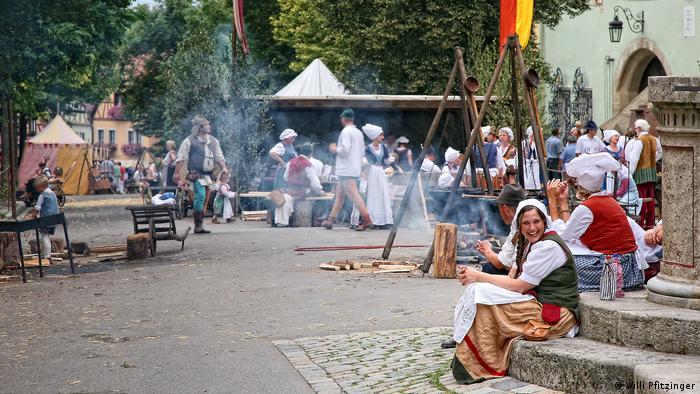 Volksfeste Bräuche in Bayern Rothenburg (Willi Pfitzinger)