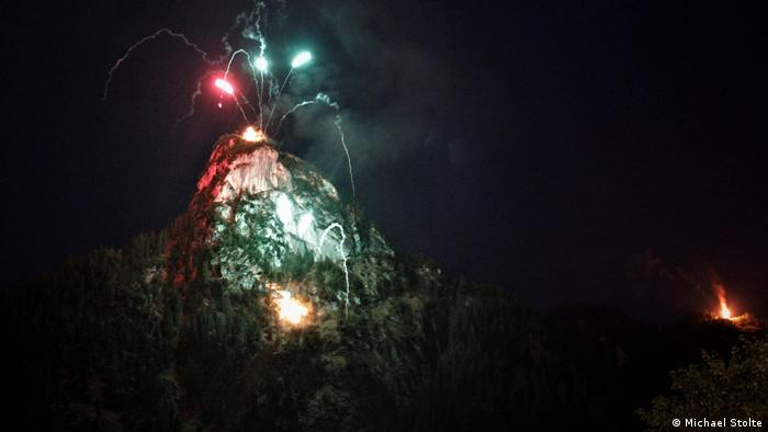 Fire on the Kofel mountain during King Ludwig bonfire in Bavaria (Michael Stolte)