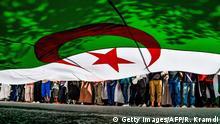 Algerien Proteste nach Freitagsgebet in Algier