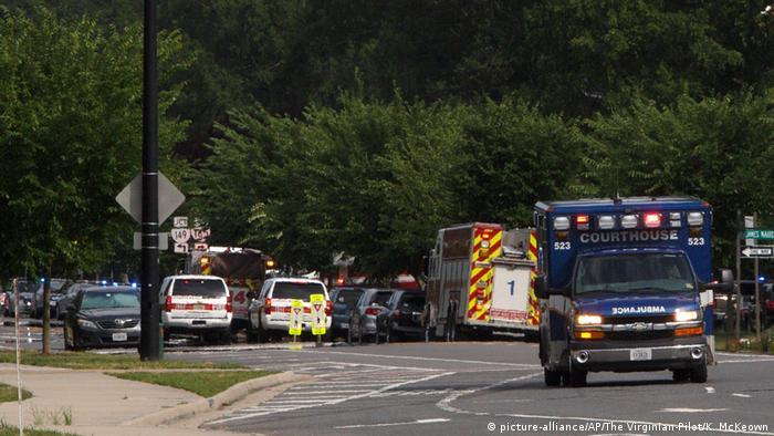 Polícia isola proximidades do local do ataque em Virgínia Beach