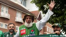 Pakistan Superfan Chacha Cricket