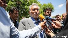 Iran Teheran - Reza Khatami, iranischer pro-reform Politiker im Gespräch mit Journalisten