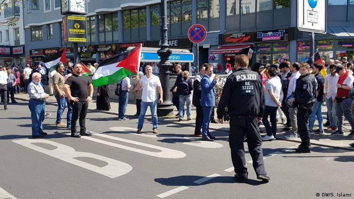 به نوشته روزنامه مورگنپست، فرانک والتر اشتاینمایر، رئیس جمهورآلمان نیز در گفتوگویی با رئیس شورای مرکزی یهودیان خواستار ممنوعیت راهپیمایی قدس در برلین شده است.