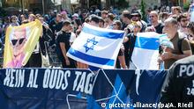 Berlin - Gegendemonstration zur anti-israelischen Al-Kuds-Demonstration