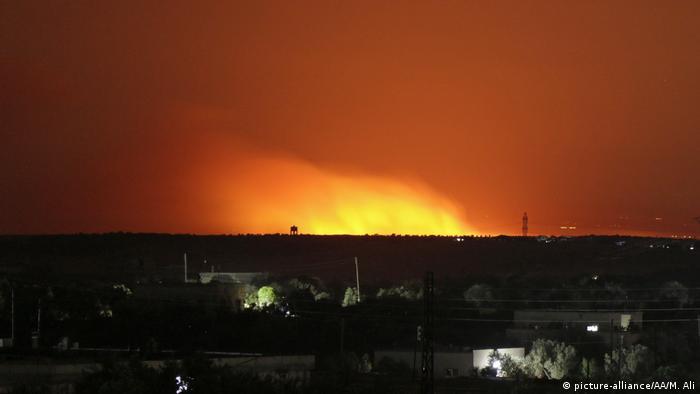 Syrien Idlib-Privinz Explosionen nach Angriffen der Regierungstruppen