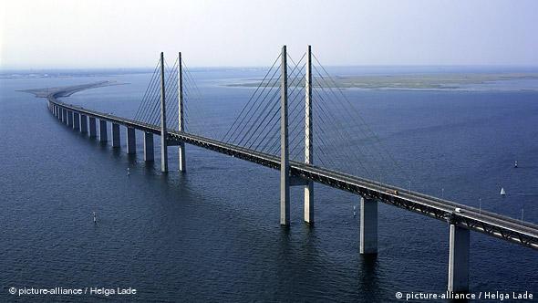 Dänemark Schweden Öresund Brücke zwischen Kopenhagen und Malmö
