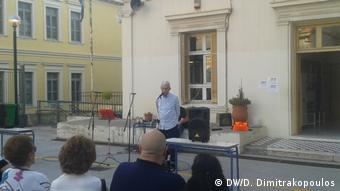 Ο δήμαρχος Θεσσαλονίκης στην εκδήλωση για την τοποθέτηση των λίθων μνήμης