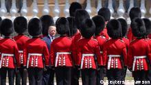 U.S. President Donald Trump inspects an honour guard at Buckingham Palace, in London, Britain, June 3, 2019. REUTERS/Simon Dawson/Pool