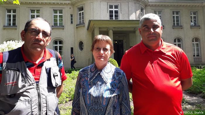 Austausch mit Betroffenen der Colonia Dignidat Sekte (FDCL/J. Stehle)