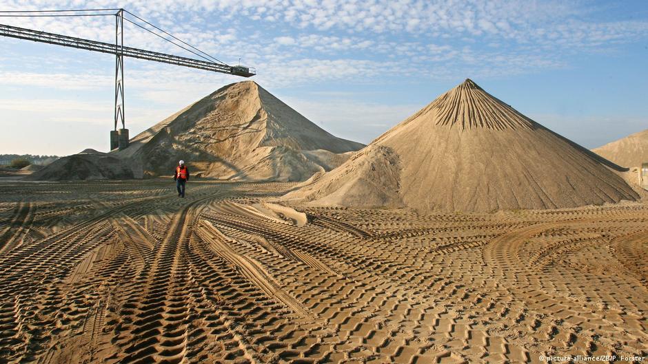Audio fingerprinting: The secrets of sand begin to emerge