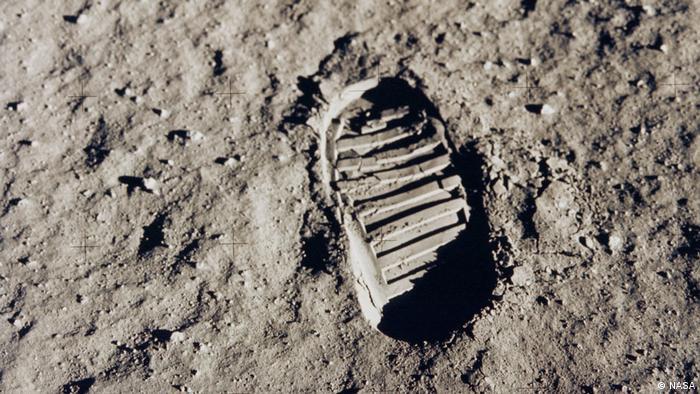 Fußabdruck am Mond.