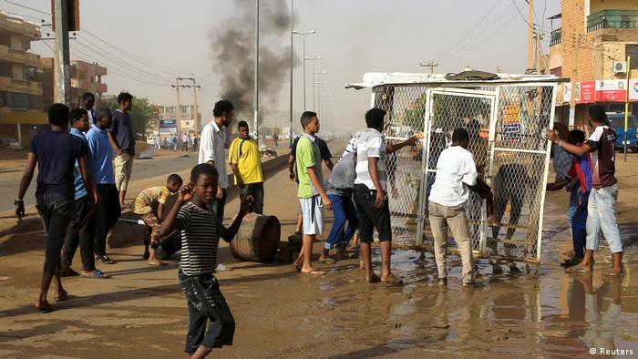 BG Sudan Proteste (Reuters)