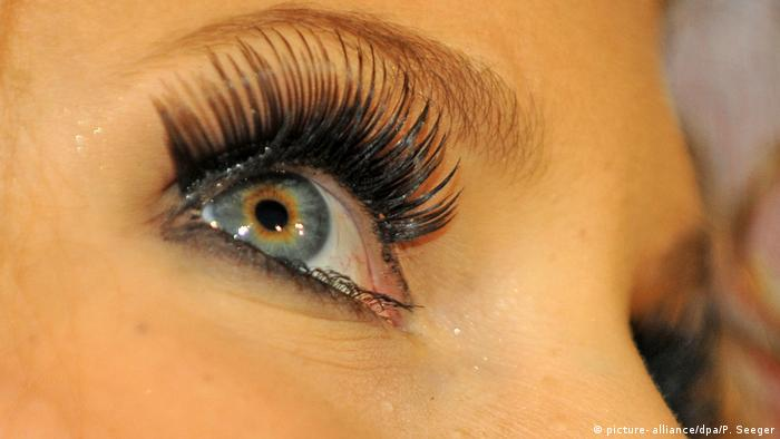 47a149ef184 Fake lashes with side effects: Risk of eczema and infection ...