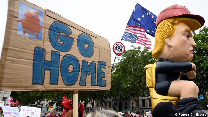 BG Trump im London Tag 2 (Reuters/C. Kilcoyne)