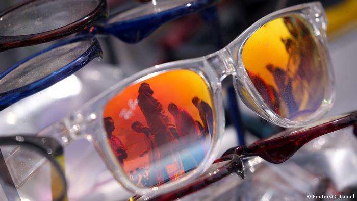 Indien Srinagar Eid al-Fitr Sonnenbrille