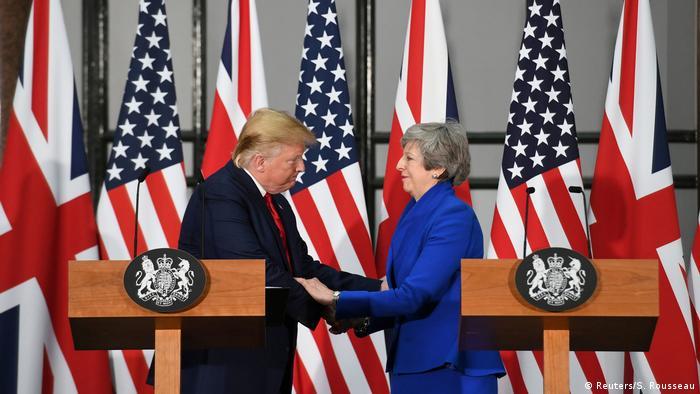 Großbritannien US-Präsident Donald Trump & Theresa May, Premierministerin (Reuters/S. Rousseau)