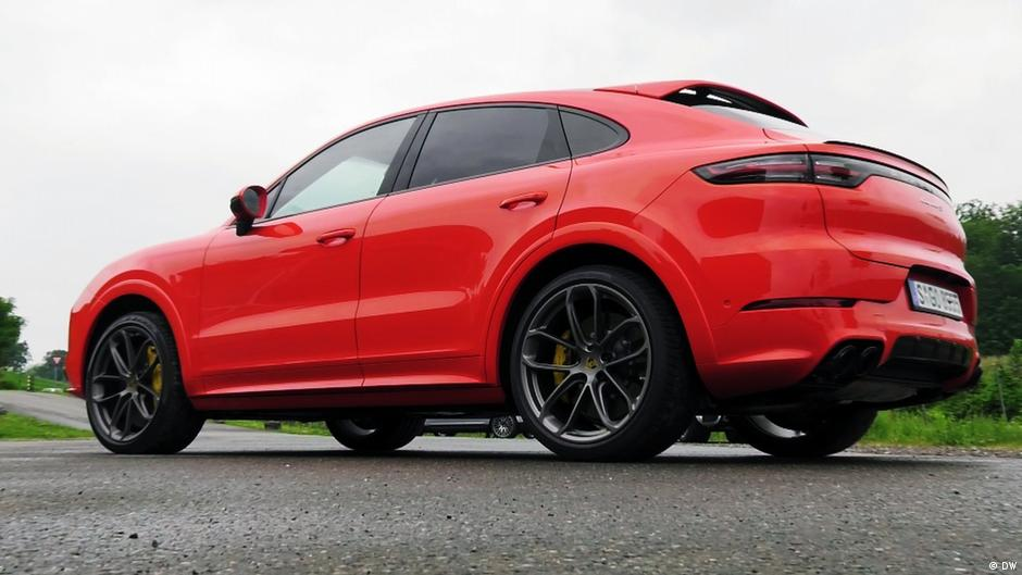 Fast and beautiful – the Porsche Cayenne coupe
