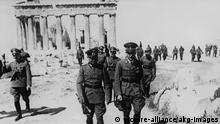 Walther von Brauchitsch auf Akropolis Mai 1941