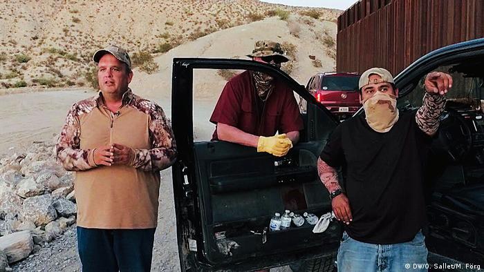 Смятат себе си за последната останала защита на американската граница