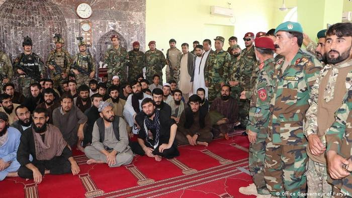 Афганистан Солдатен Бефрайен Гайзелн в Фарьябе (Офис Гувернёра Фарьяба)