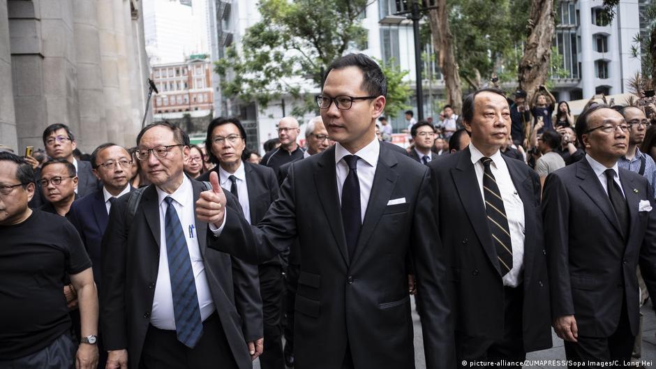 Hong Konglu avukatlardan