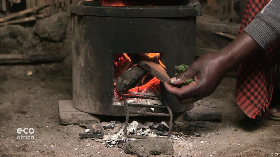 Des éco-fours pour défendre l'environnement au Rwanda