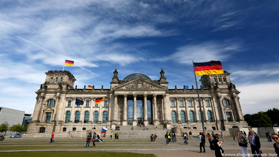 EU sanctions Russian officials over cyberattack on Germany's Bundestag
