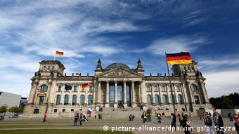 Η Επιστομονική Επιτροπή του γερμανικού κοινοβουλίου δεν στηρίζει την επίσημη γερμανική θέση για τις αποζημιώσεις