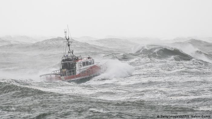 The sea off Les Sables-d'Olonne during the storm