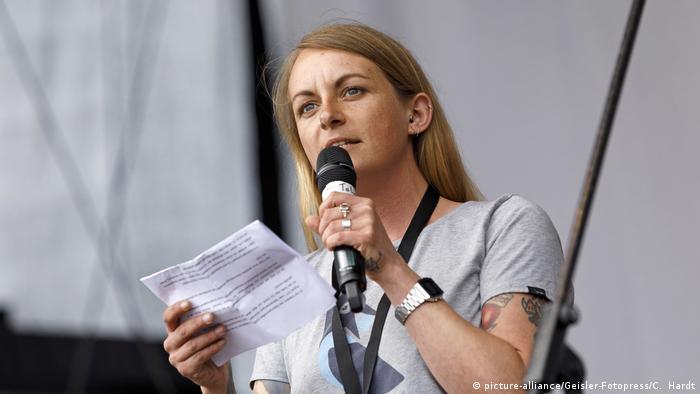 Deutschland Pia Klemp (picture-alliance/Geisler-Fotopress/C. Hardt)