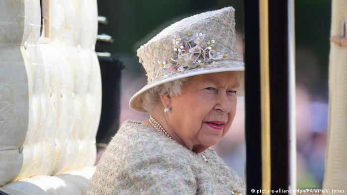 Trooping the Colour Parade in London Königin Elizabeth II.