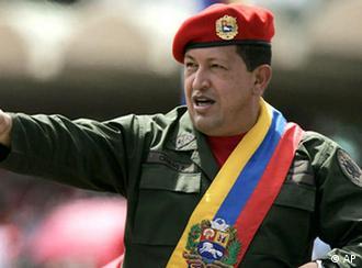 """Moya Ocampos: """"Tras la muerte del presidente Chávez, impera en Venezuela un vacío de poder""""."""