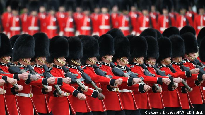 Trooping the Colour Parade in London (picture alliance/dpa/PA Wire/D. Lipinski)
